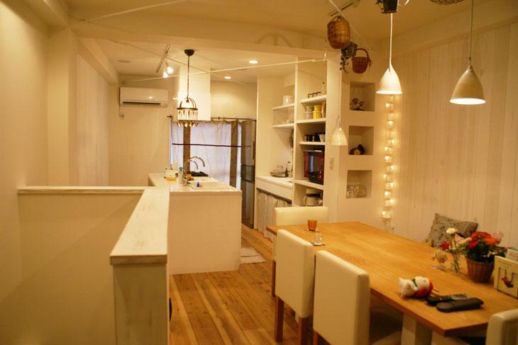 Café風空間でくつろぐ家